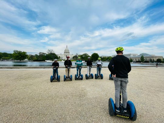 Sites by self-balancing scooter in D.C. Tour