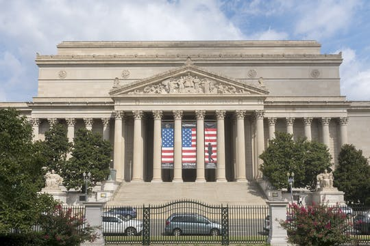 Private Tour National Archives Museum