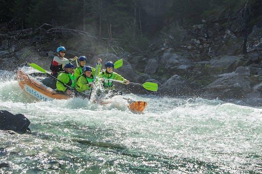 Rafting no rio Raundal
