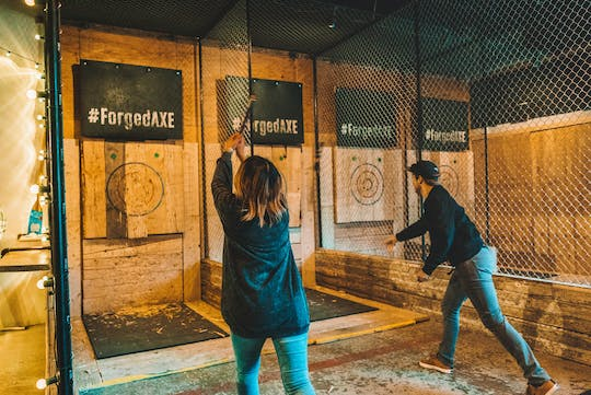 1-hour axe throwing experience in Whistler