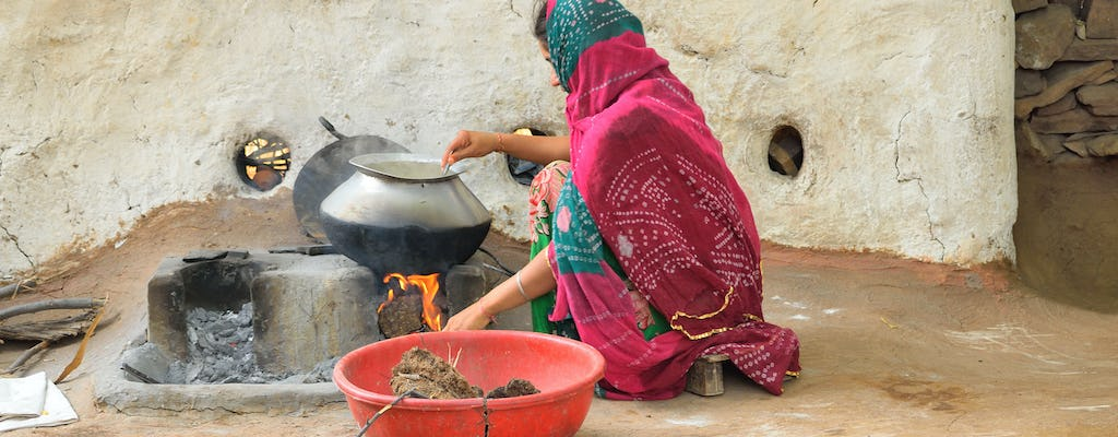 Jodhpur cooking class and meal with a local family
