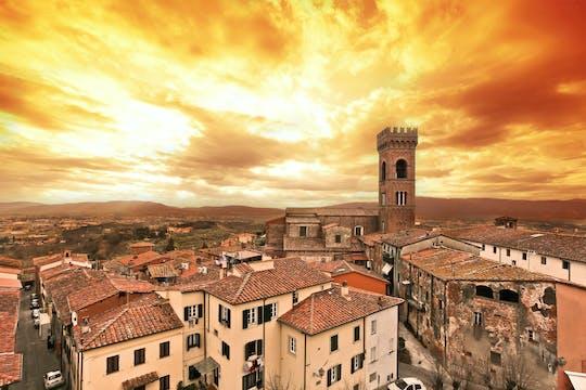 Visita guiada a Lucca con cata de vinos y cena en una casa de campo