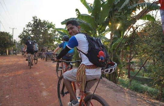 Passeio turístico ao pôr do sol em Siem Reap