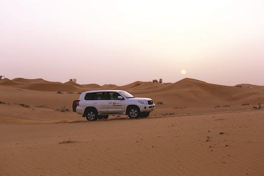 Safari privado por la mañana por el desierto desde Abu Dhabi