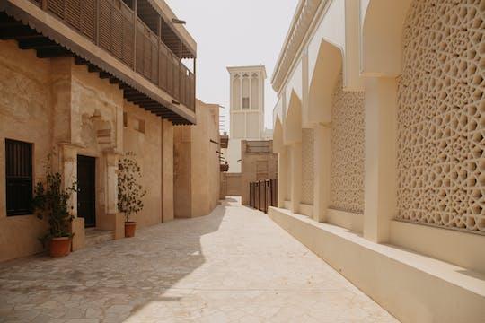 Dubai STEP walking tour with a local guide