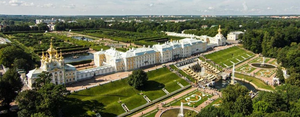Tour privado de Peterhof con paseo panorámico en hidroala