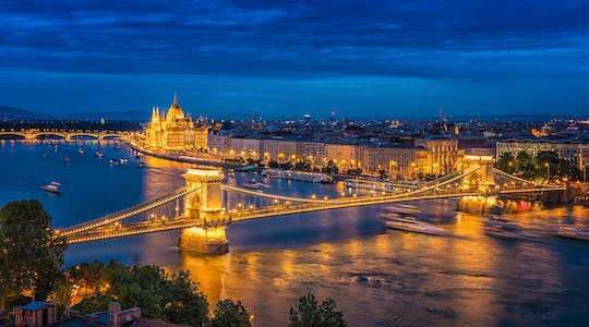 Panoramic  tour of romantic viewpoints in Budapest