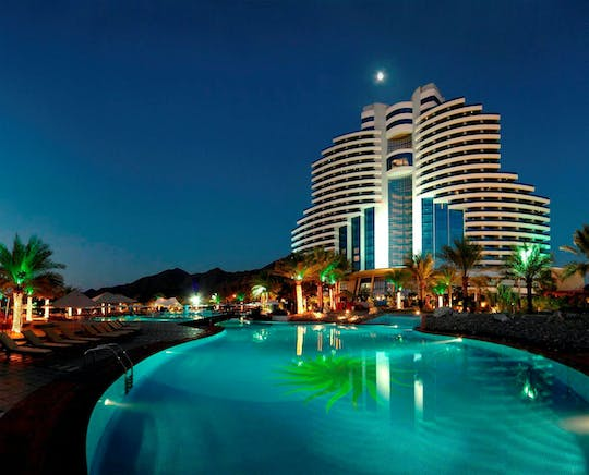 Le Meridien Al Aqah Beach Resort daycation with beach and pool access