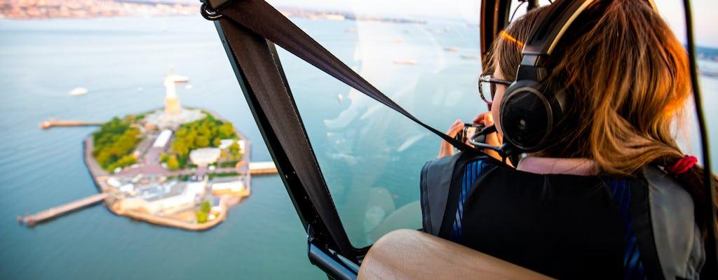 Tour privado en helicóptero por Nueva York desde Westchester (4-5 personas)