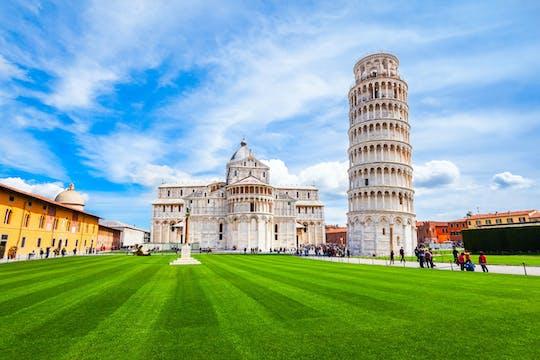 Tour privato di Pisa e Lucca con biglietti per la Torre Pendente