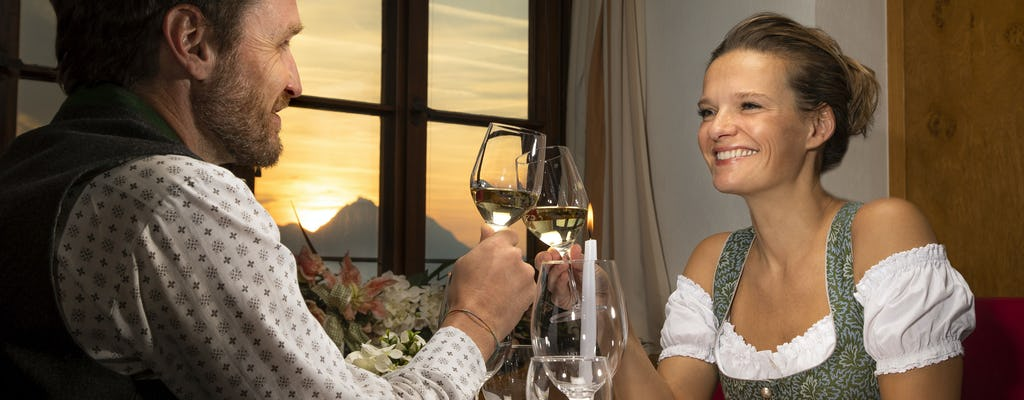 Salzburg 40-minute boat tour and VIP dinner at the fortress