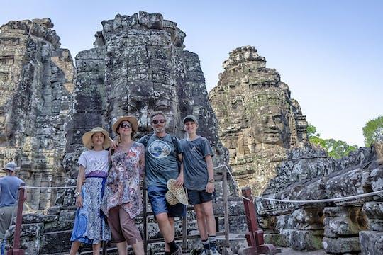 Descubra o nascer do sol de Angkor por Vespa
