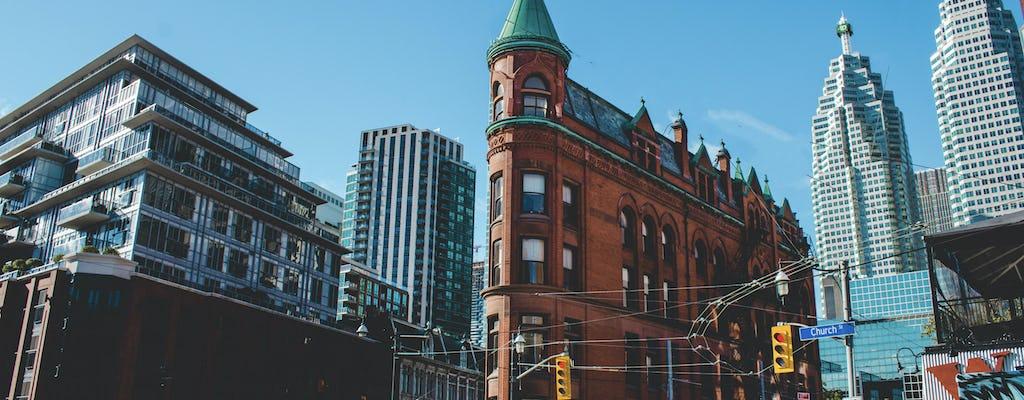 Private kickstart Toronto walking tour with local guide