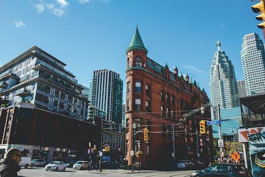 Tour privato a piedi di Toronto kickstart con guida locale