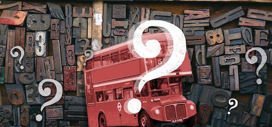 Tour di Qi London per sfatare i miti su un autobus Routemaster rosso