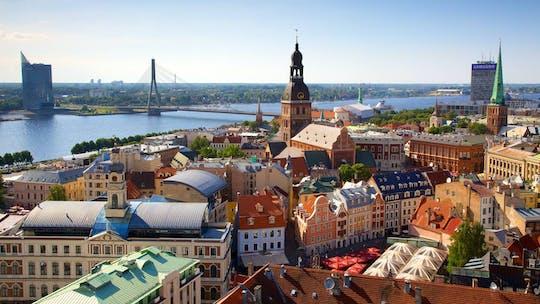 Caccia al tesoro nel centro storico di Riga con il tuo telefono