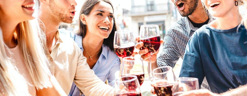 Comida típica y degustación de vinos en Nápoles.