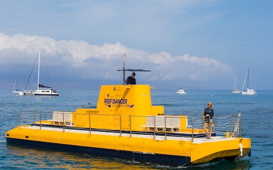 1-hour glass-bottom boat tour in Maui