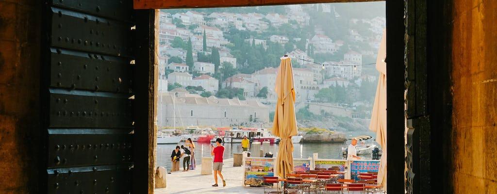 O despertar de Dubrovnik e o primeiro café da manhã