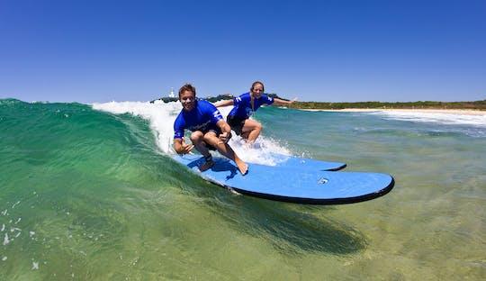 Aula de surf para iniciantes em Byron Bay