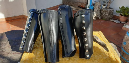 The Sardinian handcraft of Cambales and Tascheddas