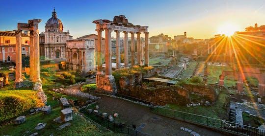 Tour noturno romântico privado em Roma