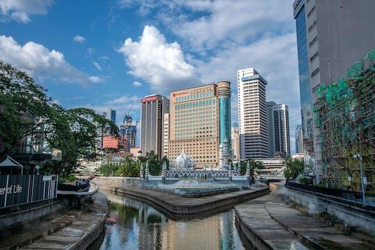 Große Kuala Lumpur Tour mit 21 Attraktionen und KL Tower Tickets