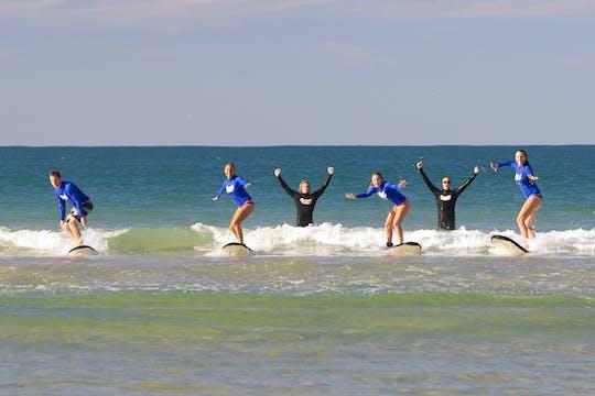Lekcja surfingu w Surfers Paradise