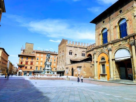 Giro e gioco di esplorazione del centro storico di Bologna