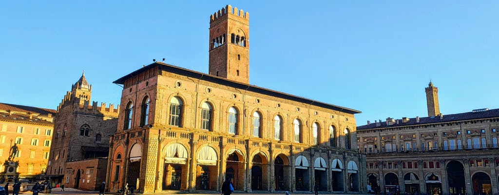 Murder mystery exploration game and tour in Bologna