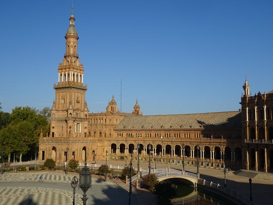 First steps Seville highlights guided walking tour