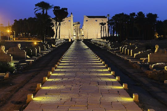 Luxor Temple with night city tour by horse-drawn carriage