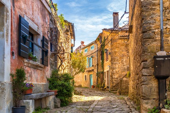 Hum, Motovun and Grožnjan Istria taste experience from Trieste