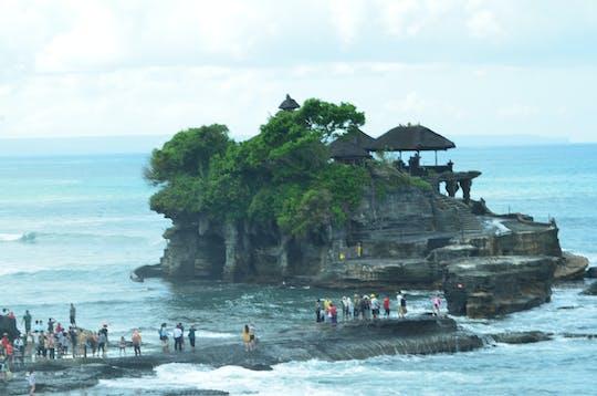 Templo real, lago Beratan e passeio privado ao pôr do sol em Tanah Lot
