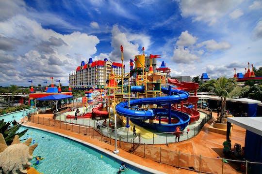 Entradas a los parques temáticos acuáticos A'Famosa o Safari Wonderland