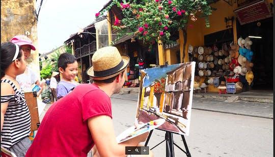 Tour della città di Hoi An e lezione di pittura sui patrimoni con un artista locale
