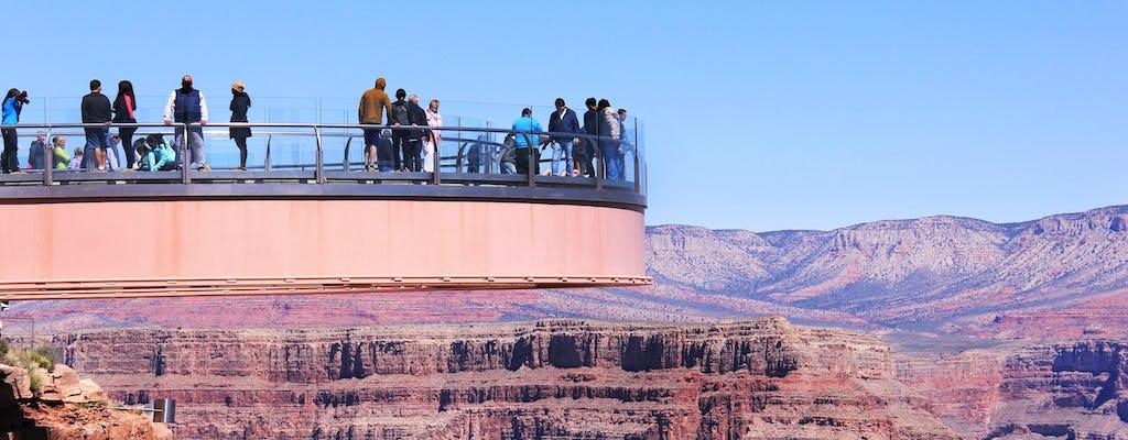 Excursão de um dia na Margem Oeste do Grand Canyon com admissão no Skywalk