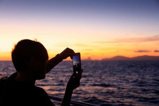 Sunset Catamarancruise (adults only)