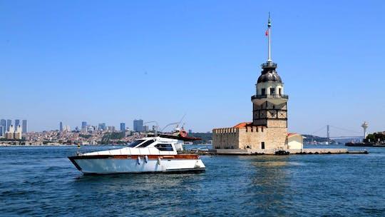 """Экспресс-яхта """"Девичья башня"""" в Стамбуле"""