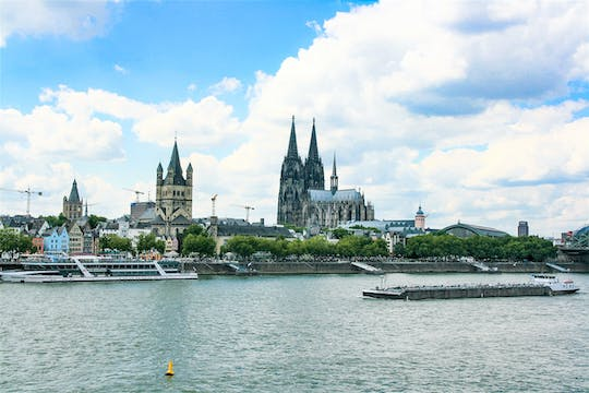 Guided panorama tour through Cologne