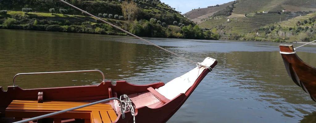 Экскурсия с гидом по Авейру и прогулка на лодке по каналу
