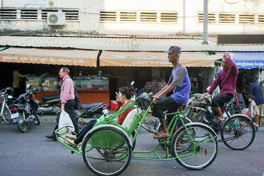 Half-day private cyclo tour in Phnom Penh