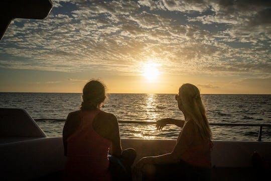 Combo sunset and manta ray snorkel experience