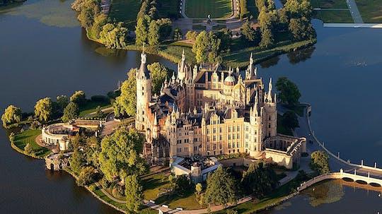 Viagem de Rostock ao Castelo de Schwerin com visita guiada