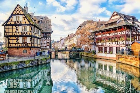 Историческая экскурсия с гидом по Страсбургу с 45-минутным круизом по Рейну