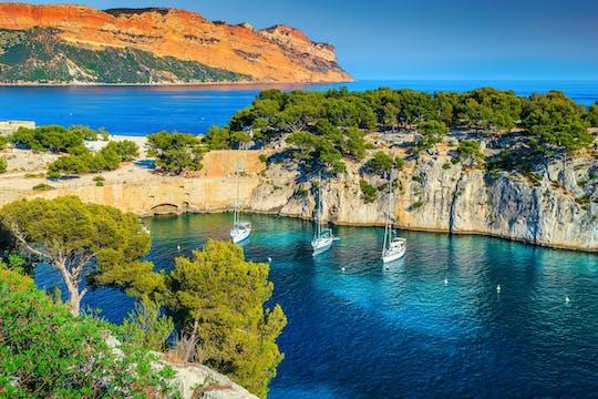 Excursão de dia inteiro à vela nas Calanques a partir de Marselha