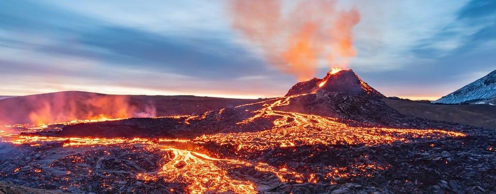 Volcano eruption hike in the Reykjanes Peninsula