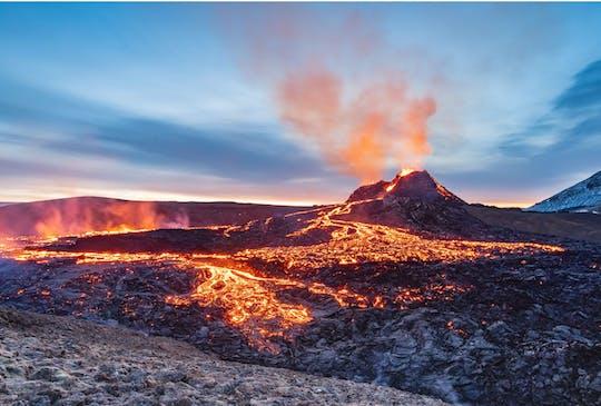 Escursione all'eruzione del vulcano nella penisola di Reykjanes