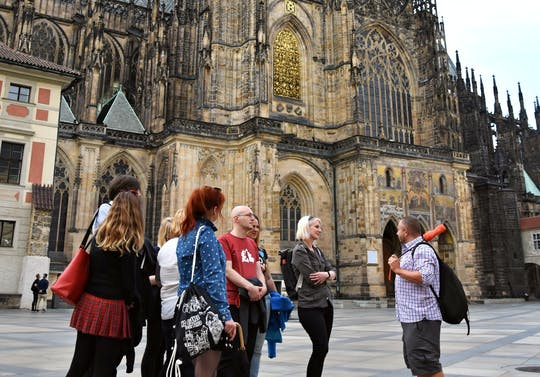 Excursão ao Castelo de Praga: Ingresso para os interiores e almoço
