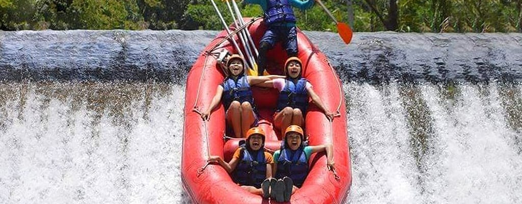 Ost-Bali Geländewagen-Safari bei Sonnenaufgang und Fluss Telaga Waja Rafting